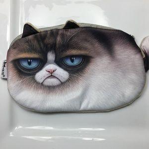9873dad2d5d4 Women Grumpy Cat Purse on Poshmark